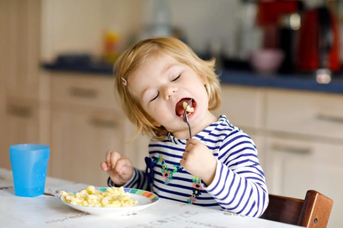 [과학뉴스] 두 살배기 입속 구강미생물로 비만 예측